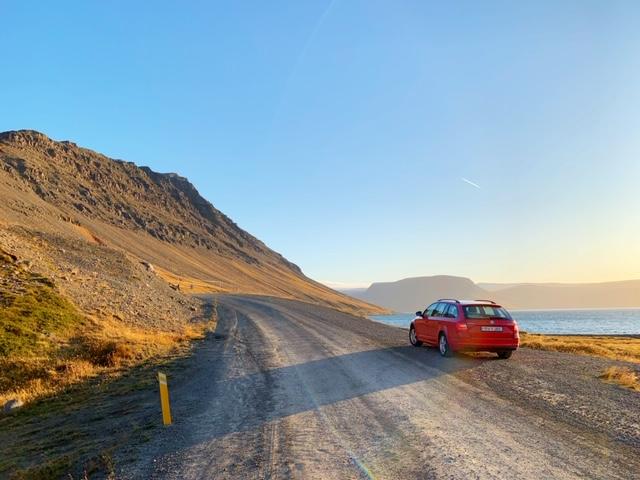 ijsland view auto voor de bezienswaardigheden