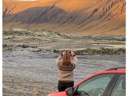 juut foto ijsland sunny cars