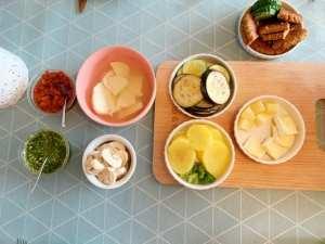 aan tafel voor vegetarisch gourmetten