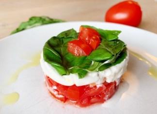 Zo maak je een taartje salade caprese