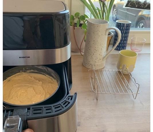 taart in de heteluchtfriteuse bakken