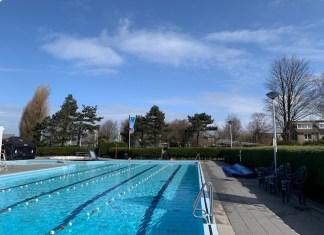 buitenzwembad hoek van holland