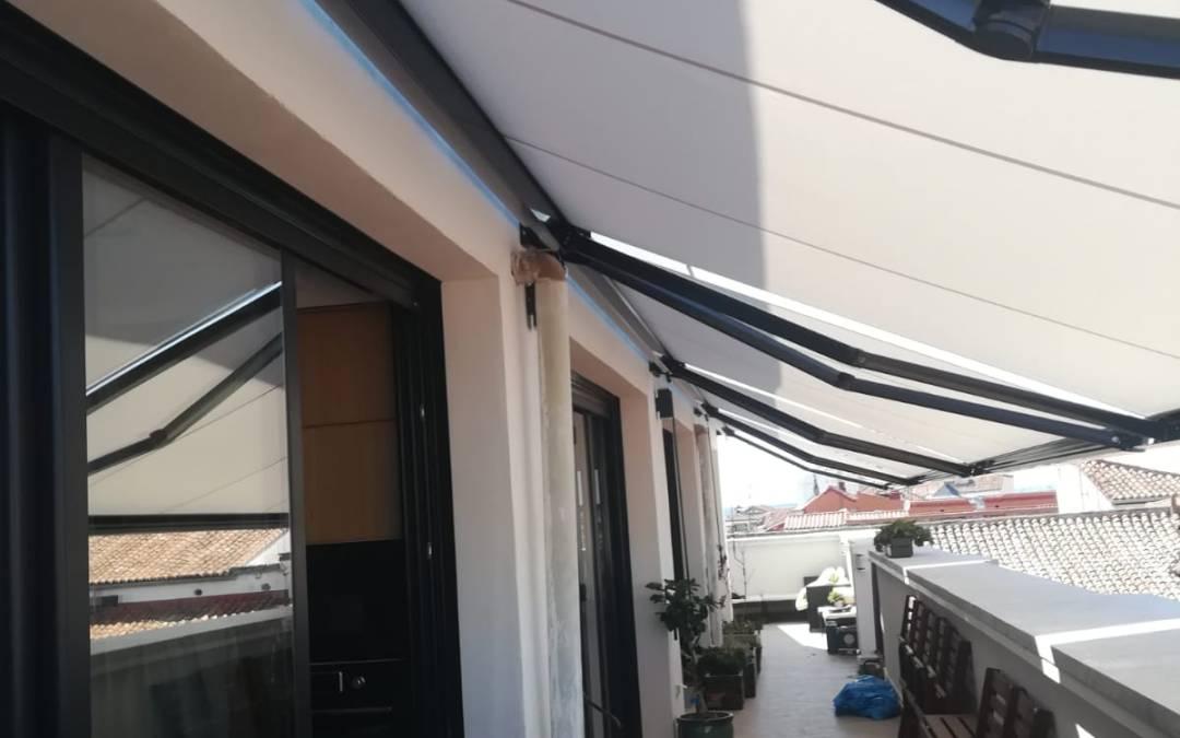 Instalación y mantenimiento de toldos en Madrid