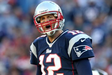 FOXBORO, MA - OCTOBER 13:  Tom Brady #12 of the New England Patriots reacts after failing to get the first down as he walks off the field in the first quarter against the New Orleans Saints at Gillette Stadium on October 13, 2013 in Foxboro, Massachusetts.