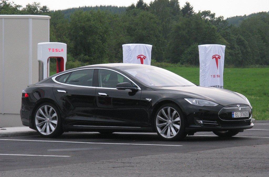 Tesla Supercharger e Destination Charging: viaggiare in Italia, in elettrico