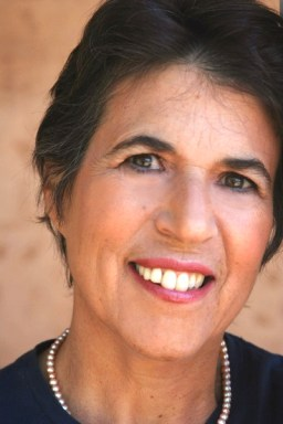 natalie goldberg headshot