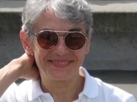 Gloria DeVidas Kirchheimer Headshot
