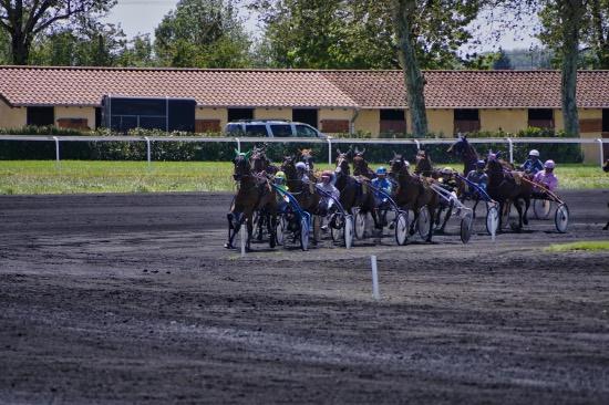 Hippodrome de Chatillon 1ere course