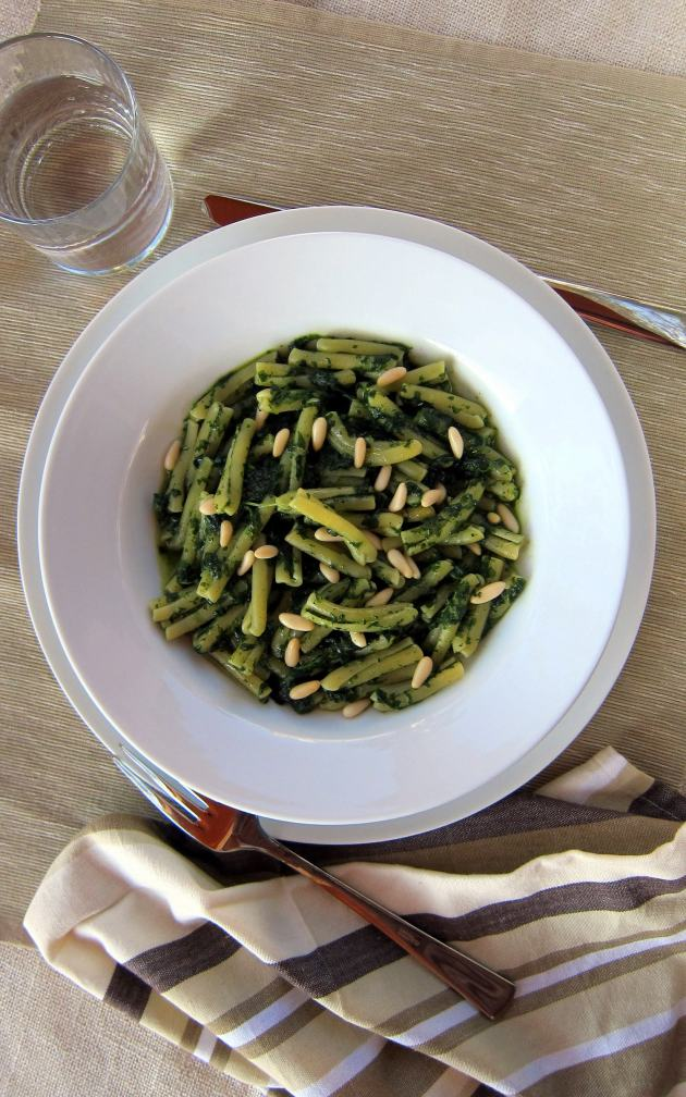 Pressure Cooked Pasta with Spinach Pesto Sauce