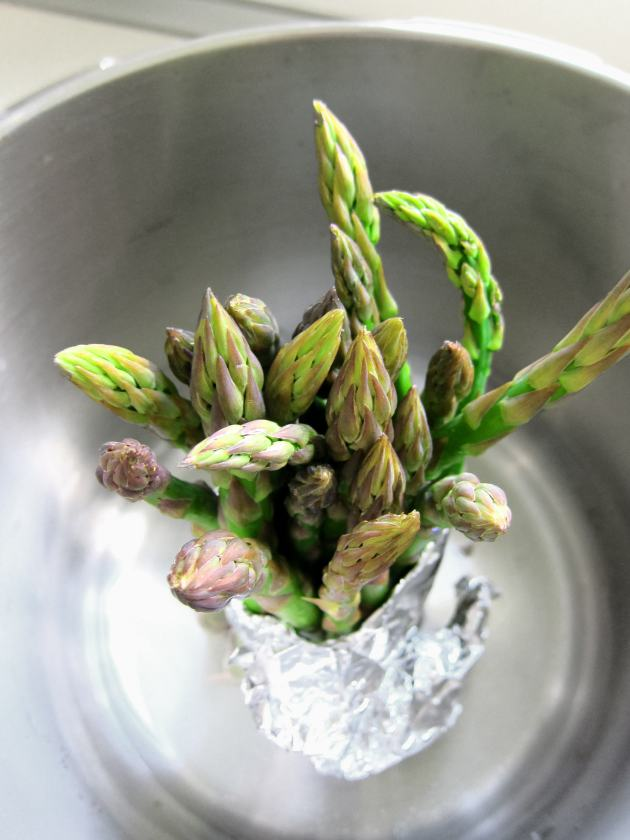How to steam Asparagus in the Pressure Cooker
