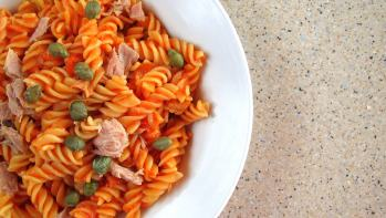 QUICK! Pressure Cooked Pasta with Tuna and Capers