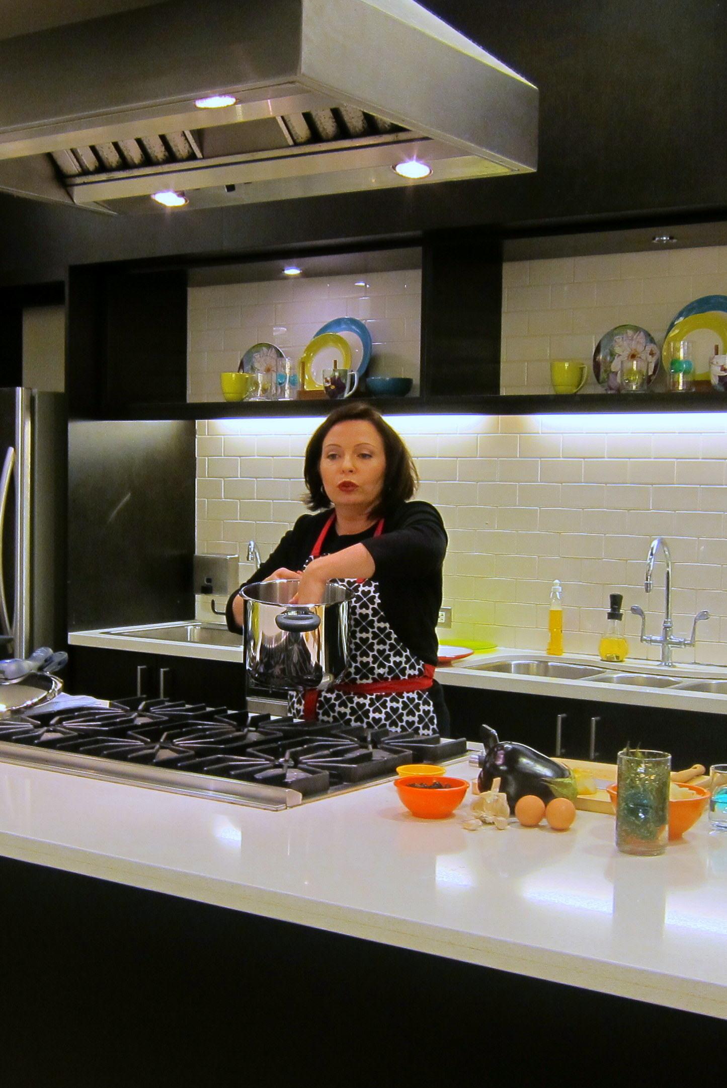 Laura Pazzaglia demonstrates pressure cooker