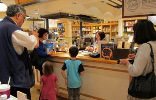 Two special visitors - Williams-Sonoma Palo Alto Pressure Cooker Demo
