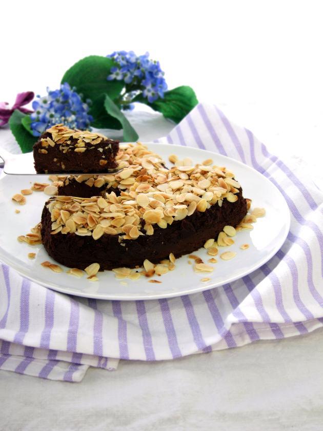 Borlotti Bean Brownie Cake - pressure cooker recipe