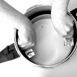 Pressure Cooker Tip: Sling it to lift it!