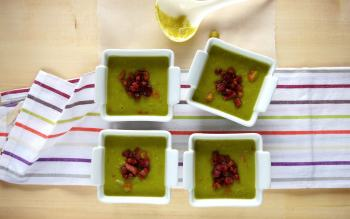 Creamy Split Pea and Bacon Soup