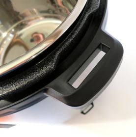 Lid-holding handles (lefty-compatible)