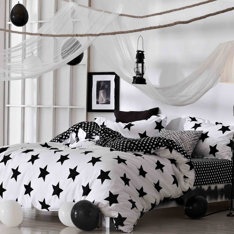 Black And White Star Print Modern Chic Twin Full Queen