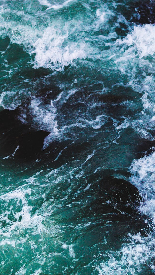 5+ Beautiful Wave Texture iPhone 5 Wallpapers
