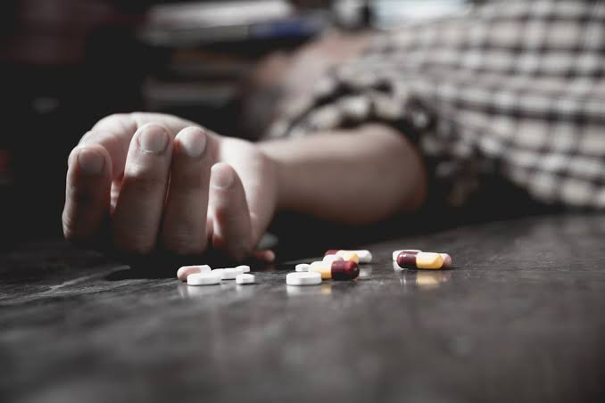 Hard drugs consumption as a killer to the human life span