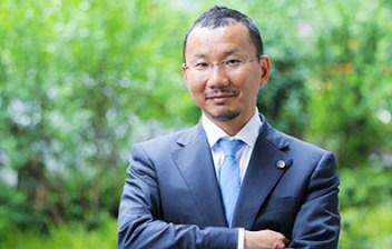 平松剛弁護士イメージ