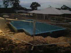 temp pool fence