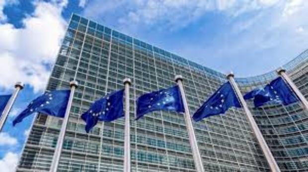 Brüsszel beavatkozik a kampányba