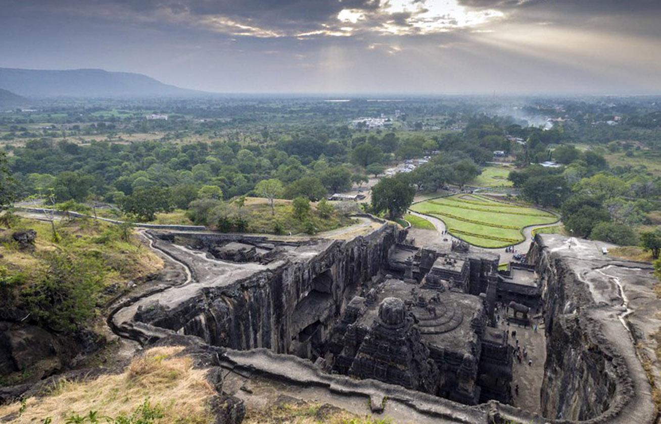 Egyetlen kőből faragták ki a csodás templomot senki sem tudja, hogyan épült 3