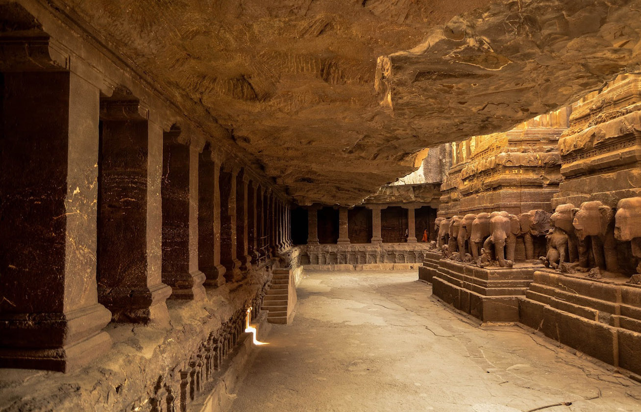 Egyetlen kőből faragták ki a csodás templomot senki sem tudja, hogyan épült 5