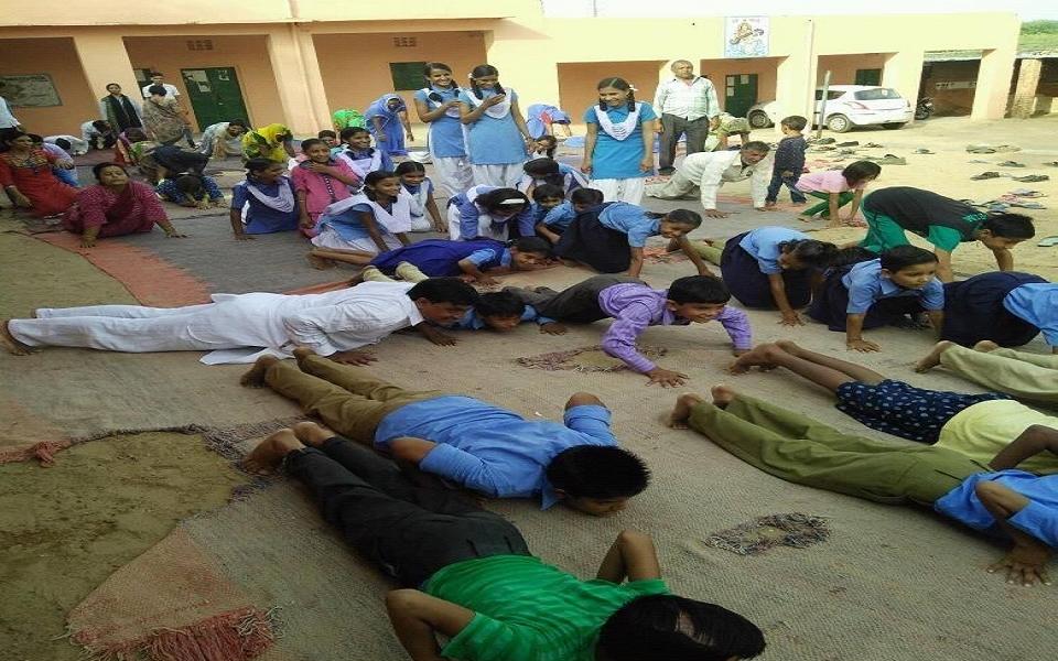 Hirnoda-yoga-divas-day (5)