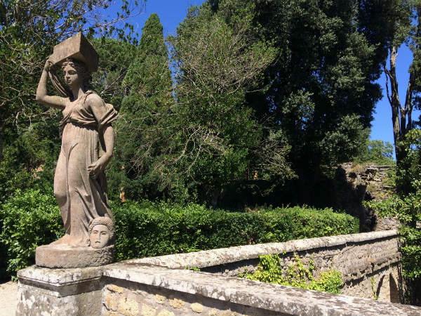パラッツォ・ファルネーゼの庭園に