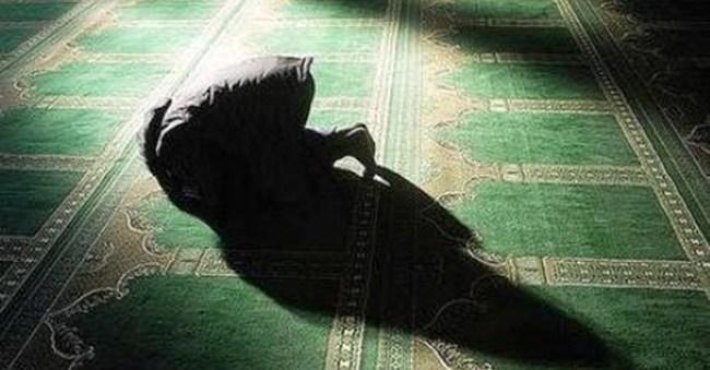 Hukum Sholat Tahiyatul Masjid
