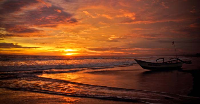 Apa yang menyebabkan Fir'aun dan Kaumnya Ditenggelamkan di dalam Laut ?