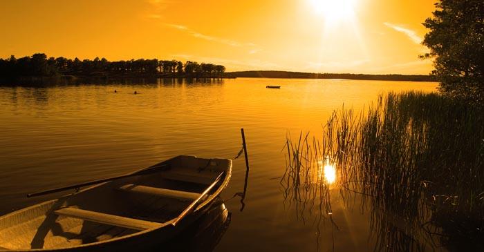 Perahu-Sore-Hari.jpg