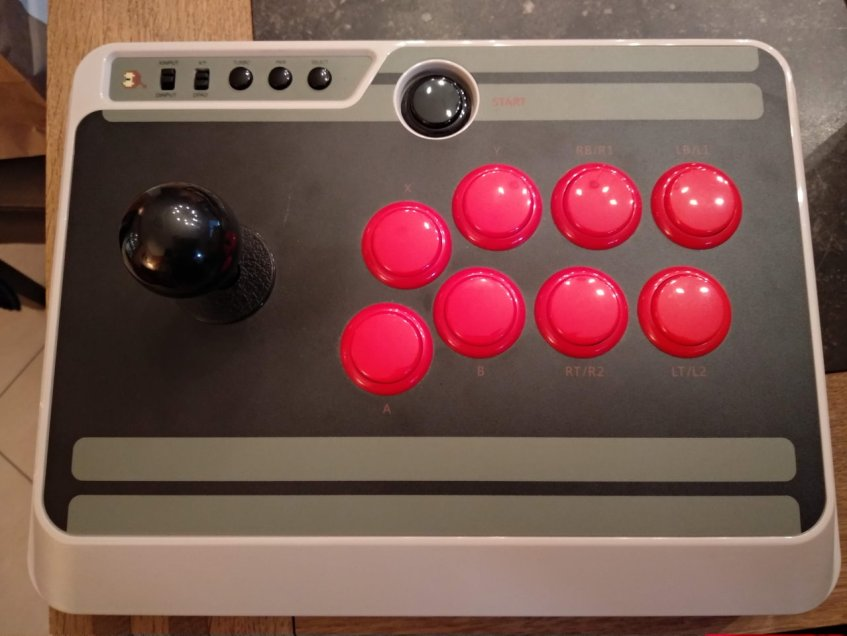 8BitDo Arcade Stick am Original Zoustand