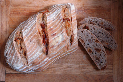 Cakes & Bakes: Fig, walnut and blue cheese loaf
