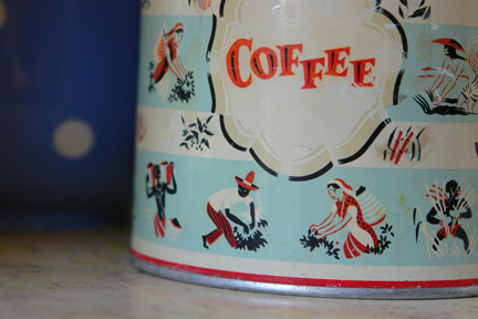 vintage Worcester Ware coffee tin