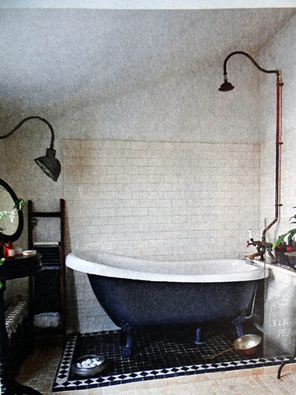 roll top bath in an interior decoration article in the Telegraph Magazine