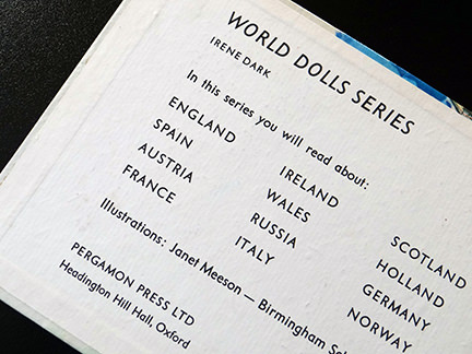 front inside cover of the France edition in the World Dolls Series of children's books