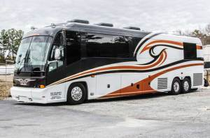 Entertainer Coach Charters