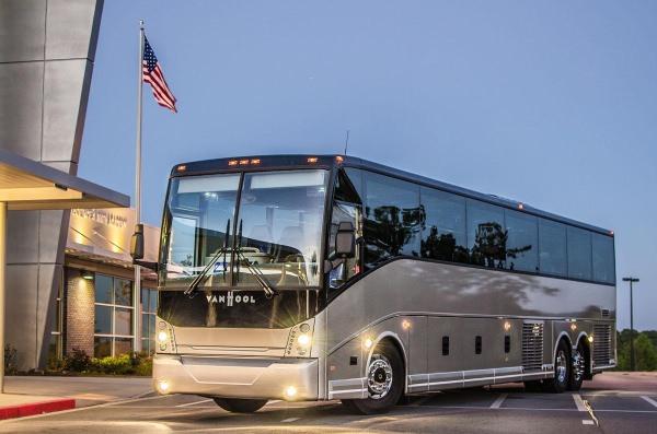 Atlanta Charter Bus Company with His Majesty Coach