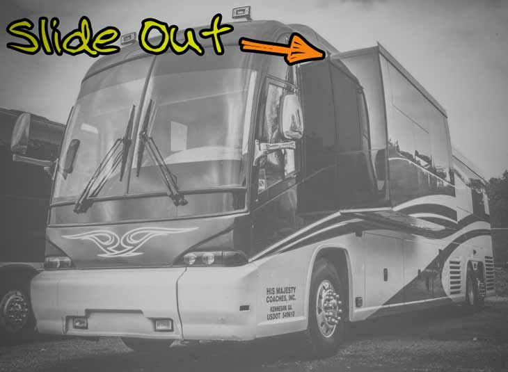 Slide Out Entertainer Coaches