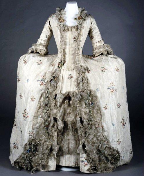 The Magnificent Georgian Wedding Dress York Castle Museum