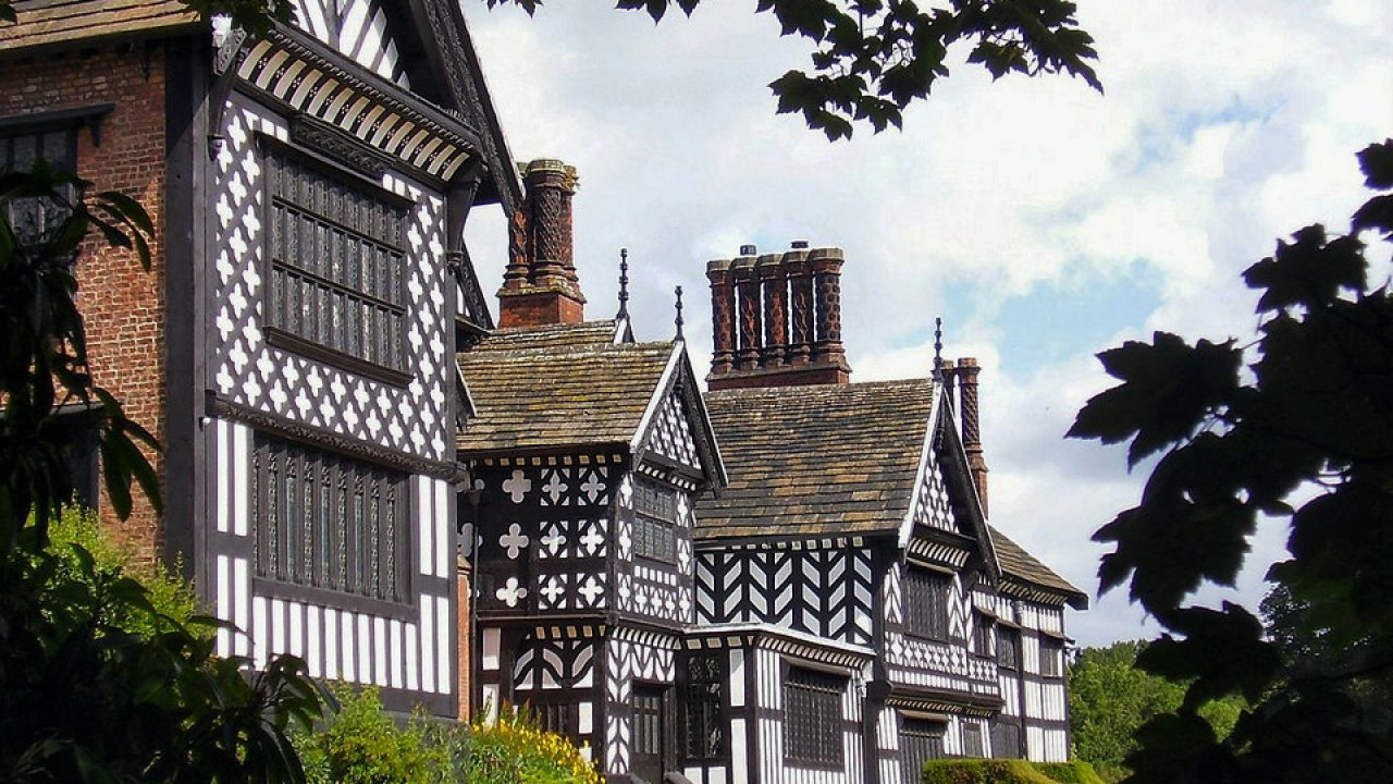 Tudor architecture | HiSoUR – Hi So You Are
