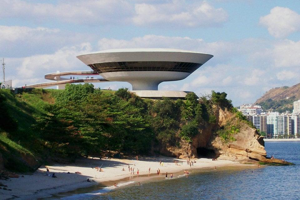 650c65fcd Niterói Contemporary Art Museum, Rio de Janeiro, Brazil – HiSoUR ...
