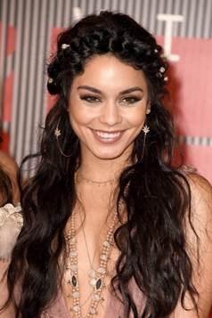 Vanessa Hudgens bohemian hair VMAs