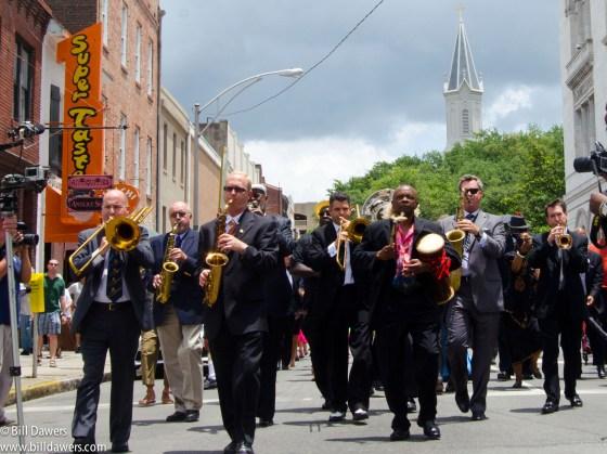Ben_Tucker_funeral_procession-53