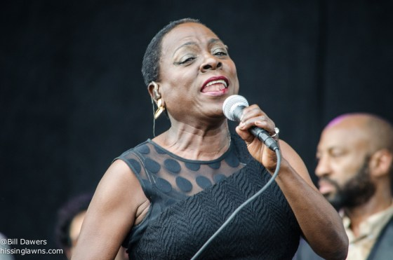 SharonJones&TheDapKings-4