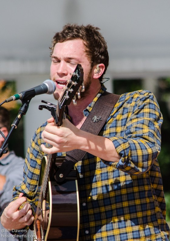 PhillipPhillips-14