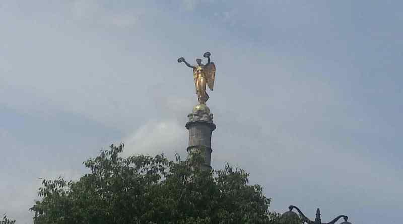 Victoire de la fontaine du Palmier